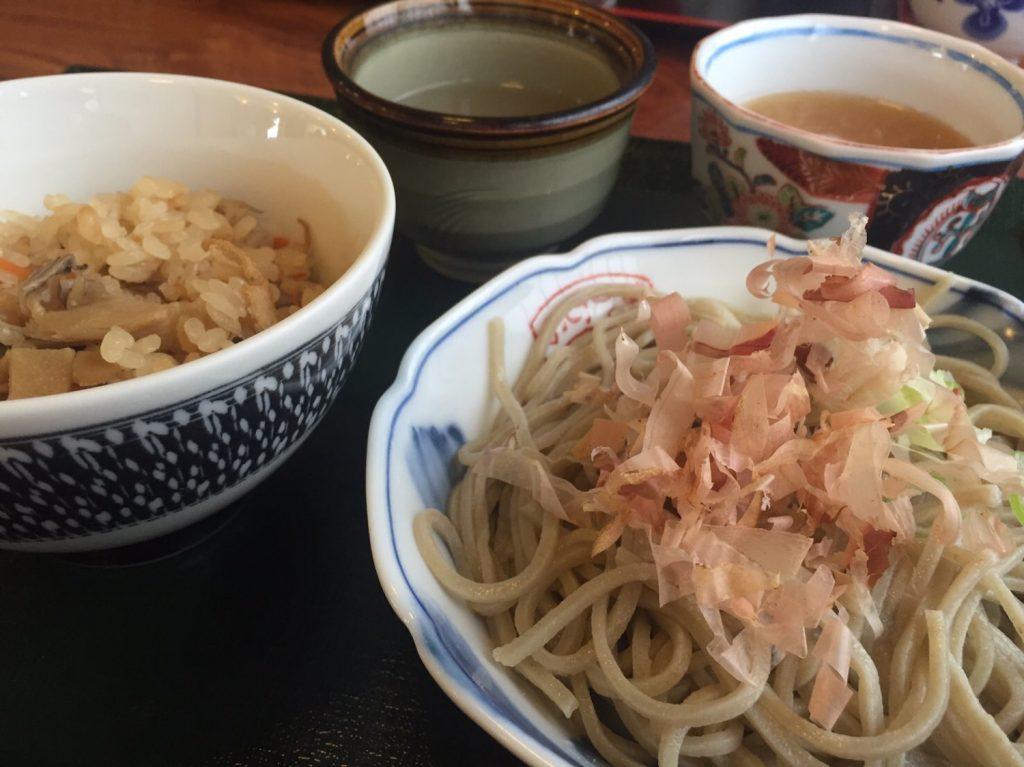 手打ちそば中村屋-おろし蕎麦と舞茸ご飯