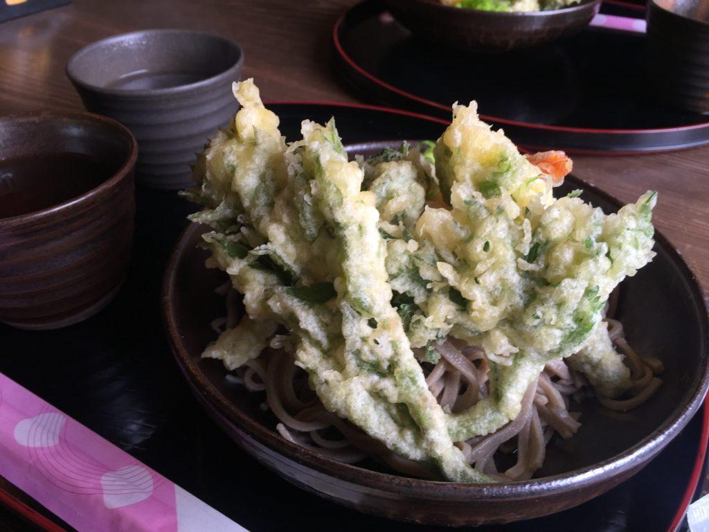 渓流-蕎麦