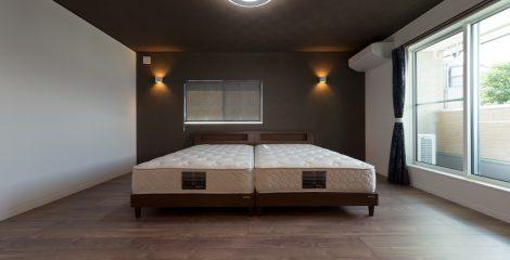 U様邸の寝室3/宏栄建設株式会社