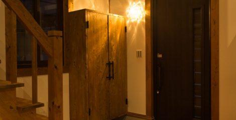 鯖江モデルハウスの玄関1/かたり家(有限会社ホームクリーン福井)