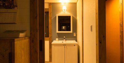 鯖江モデルハウスの洗面所1/かたり家(有限会社ホームクリーン福井)
