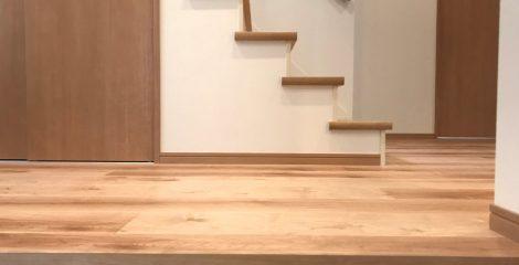 の玄関1/石塚ホーム