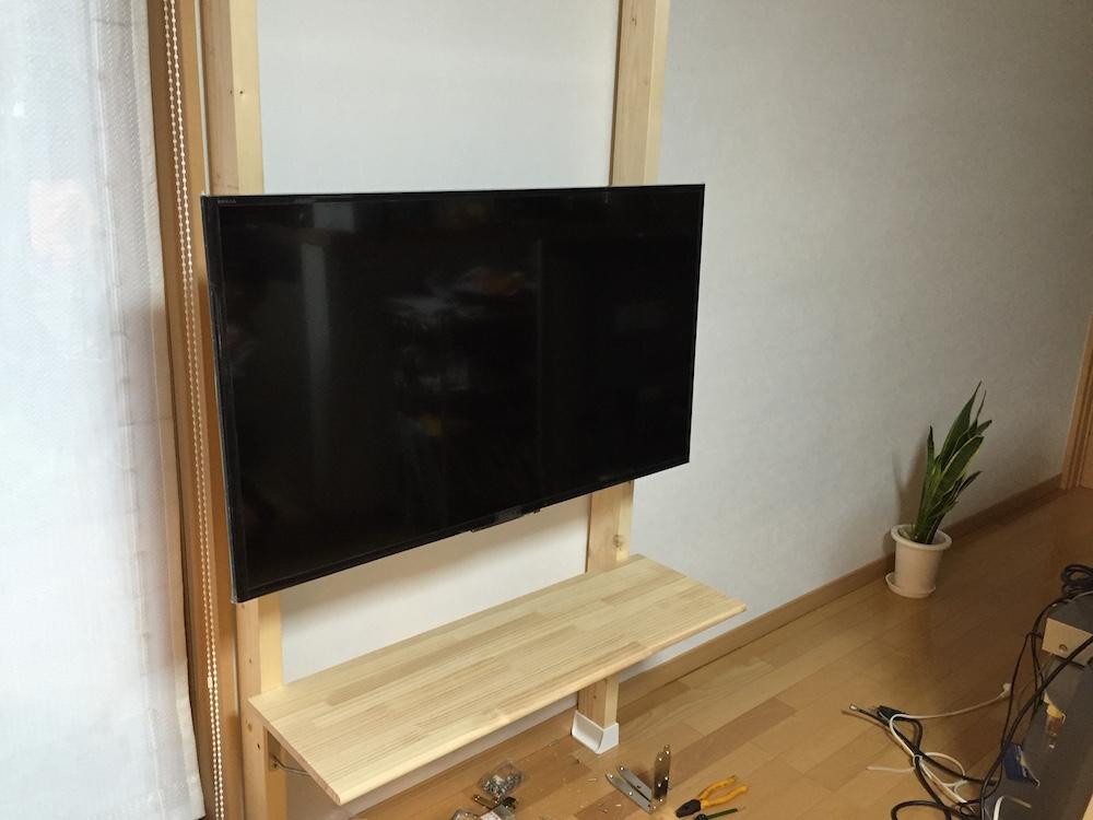 壁掛けTV-DIY